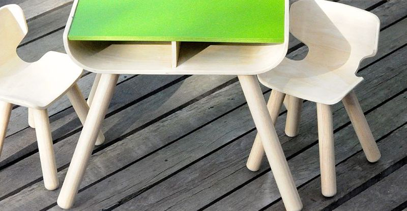 PlanToys-table--chair-3