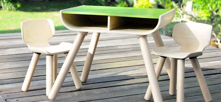 PlanToys-table--chair-2