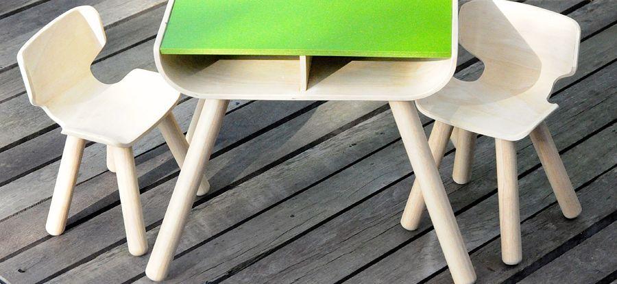 PlanToys-table--chair-3