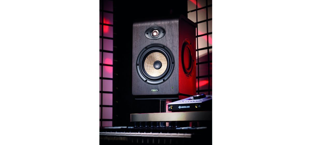 Focal-Shape65ills02